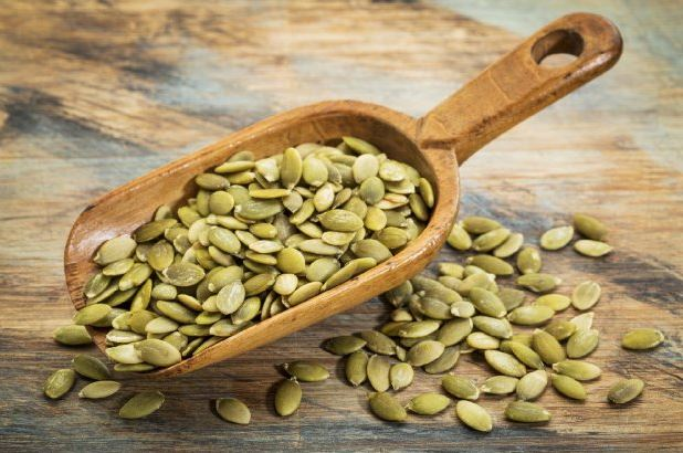 health-benefits-of-pumpkin-seeds-by-greenblender
